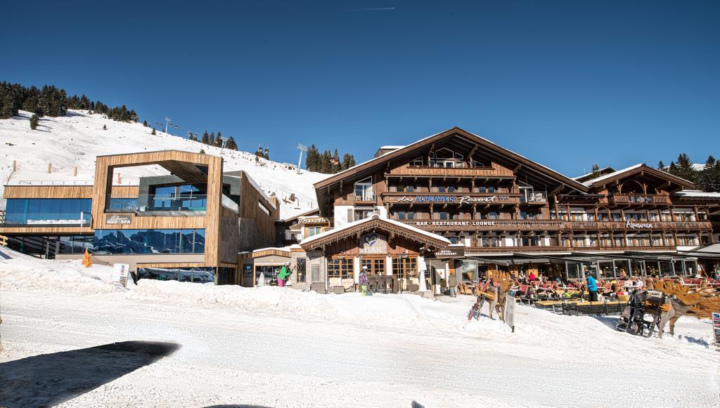 Ihr 4 sterne hotel in k nigsleiten zillertal alpenwelt for Design hotel niedersachsen